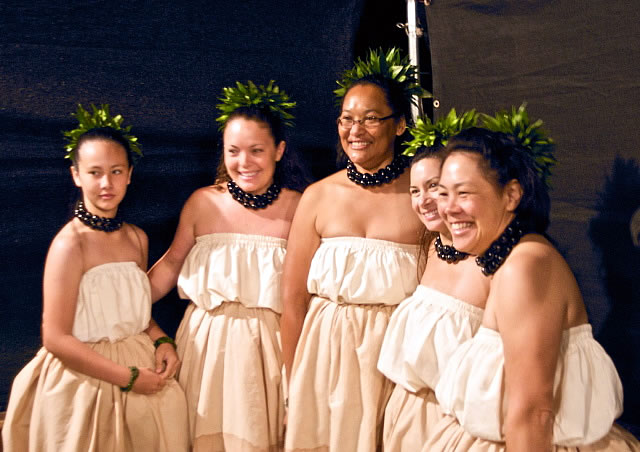 A group of Hawaiian women in missionary-era clothing.
