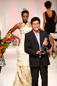 oliver-winning-sustainable-eco-fash-award-in-bahamas