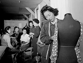 female Japanese American internees