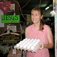 Sharon Peterson Cheape with tray of eggs