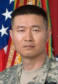 Col. Richard Kim headshot