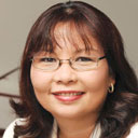 L. Tammy Duckworth headshot
