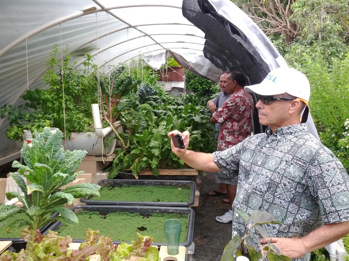 M noa aquatic farmers can access new online resource for Aquaponics hawaii