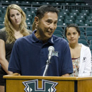 Governor proclaims Wahine volleyball team day