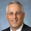Daniel Fischberg receives distinguished service award