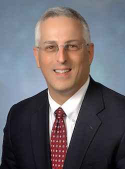 Daniel Fischberg headshot