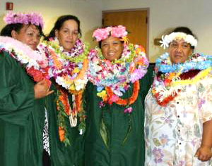 Niʻihau cohort graduates