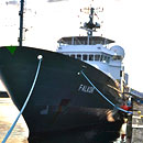 Graduate students lead research effort aboard the R/V Falkor