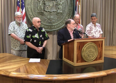 David Duffy, J. N. Musto, Gov. Neil Abercrombie, John Morton and David Lassner at the news conference announcing the tentative UHPA contract.