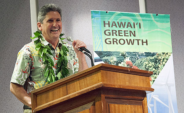 UH President David Lassner at the launch of Aloha+ Challenge Dashboard on April 1 at the Hawaiʻi State Capitol. (photo provided by the governor's office)