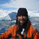 UH Mānoa oceanographer Craig Smith awarded 2016 Senckenberg Prize