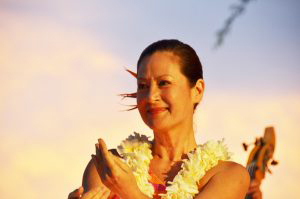 woman dancing hula