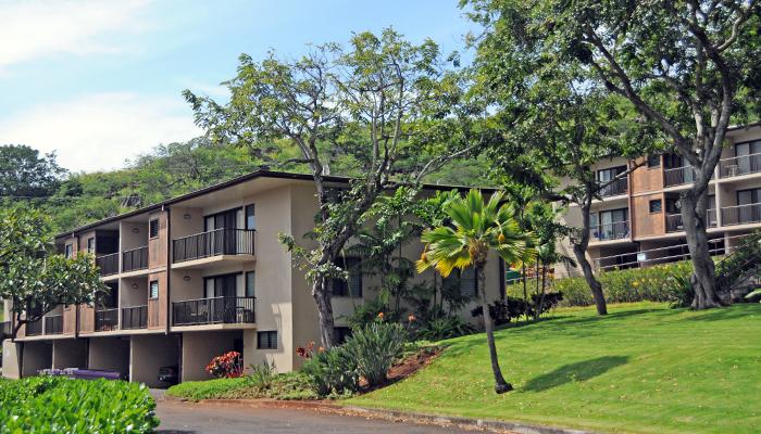 Waʻahila Apartments