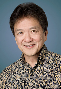 University of Hawaii travel school inducts Joseph Toy and