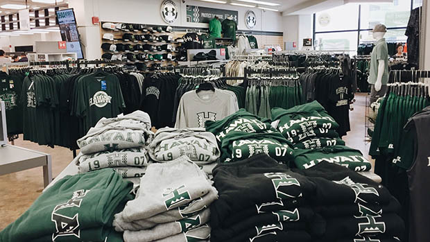 University of Hawaii Bookstores are in the H-Zone | University of ...