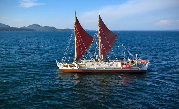 Hokulea At Sea