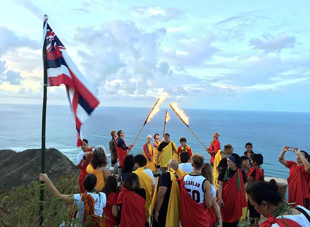 Kapiʻolani CC Welcomes Hōkūleʻa Home