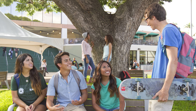 students at UH Manoa Campus Center
