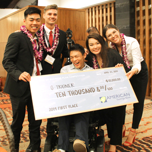 Entrepreneurial UH students win money, support