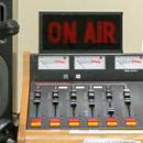 Exhibit celebrates 50 years of KTUH student radio