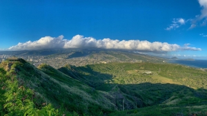 clouds over Oahu mountains
