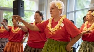 dancing hula