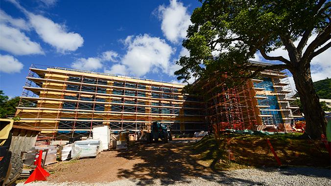 Life Sciences Building under construction