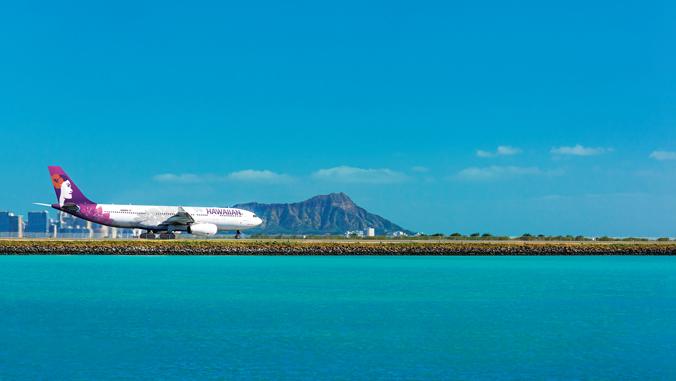 airplane on Honolulu airport runway