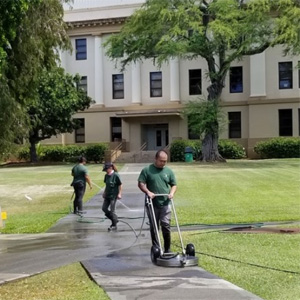 Major uptick in Mānoa campus upkeep during pandemic