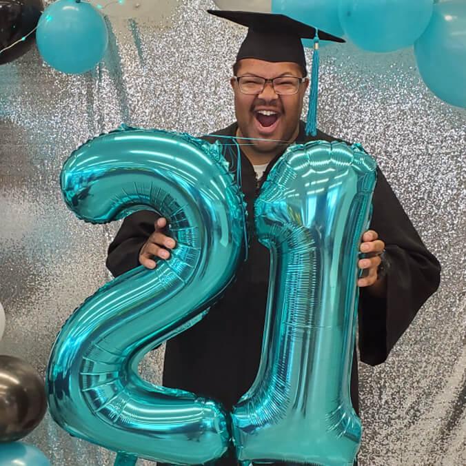 Photos: Congratulations spring 2021 UH grads!