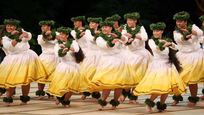 Hula performers
