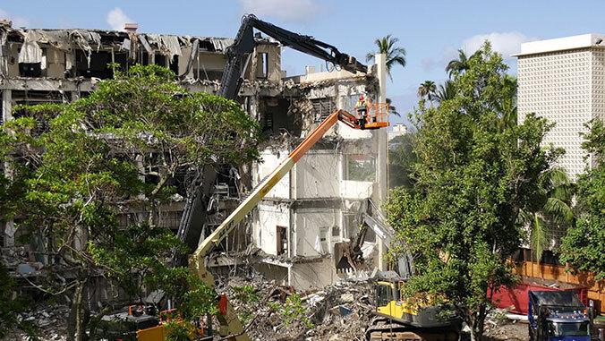Snyder Hall demolition