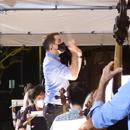 Hawaiʻi Symphony Orchestra perform, critique students' work