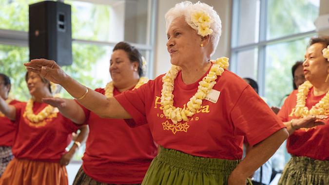 hula ladies