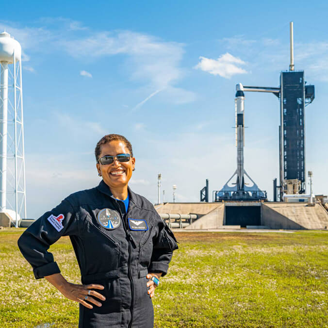 Former HI–SEAS crew member launching into historical space mission