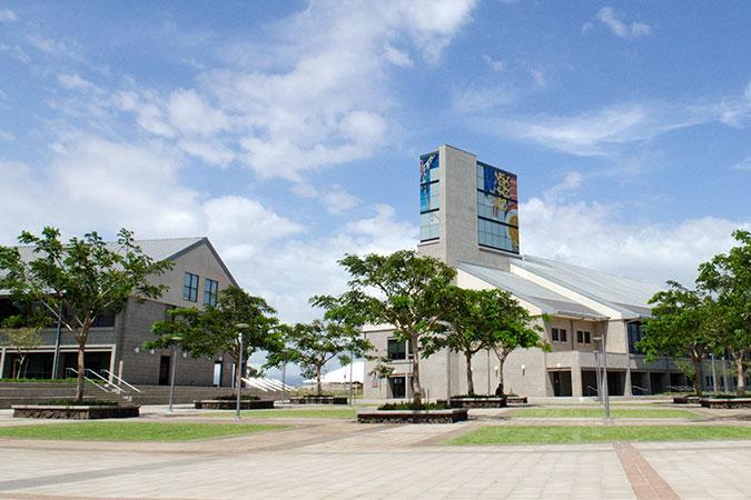 new West-Oahu building