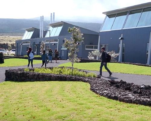 Students walking between classes at Hawaii Community College Palamanui